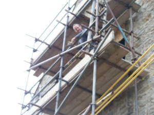 Simon on the scaffolding